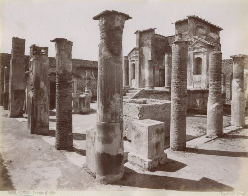Templo de Ísis, Pompéia